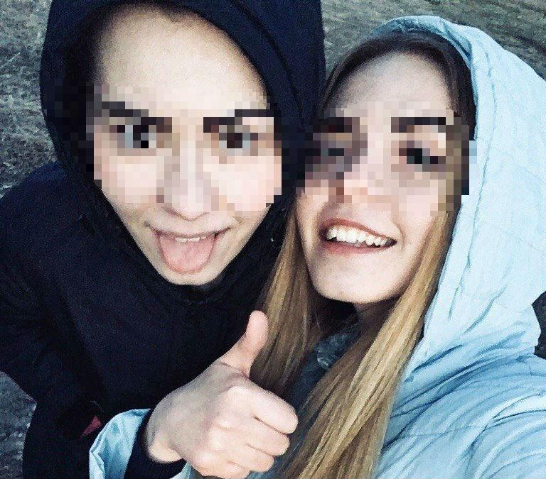 Алена и Маша.jpg
