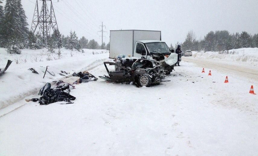 На автотрассе Кунгур-Соликамск случилось смертельное ДТП