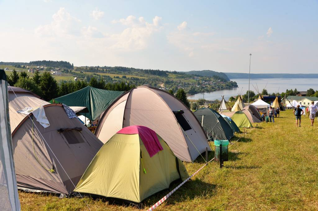 палатки.jpg