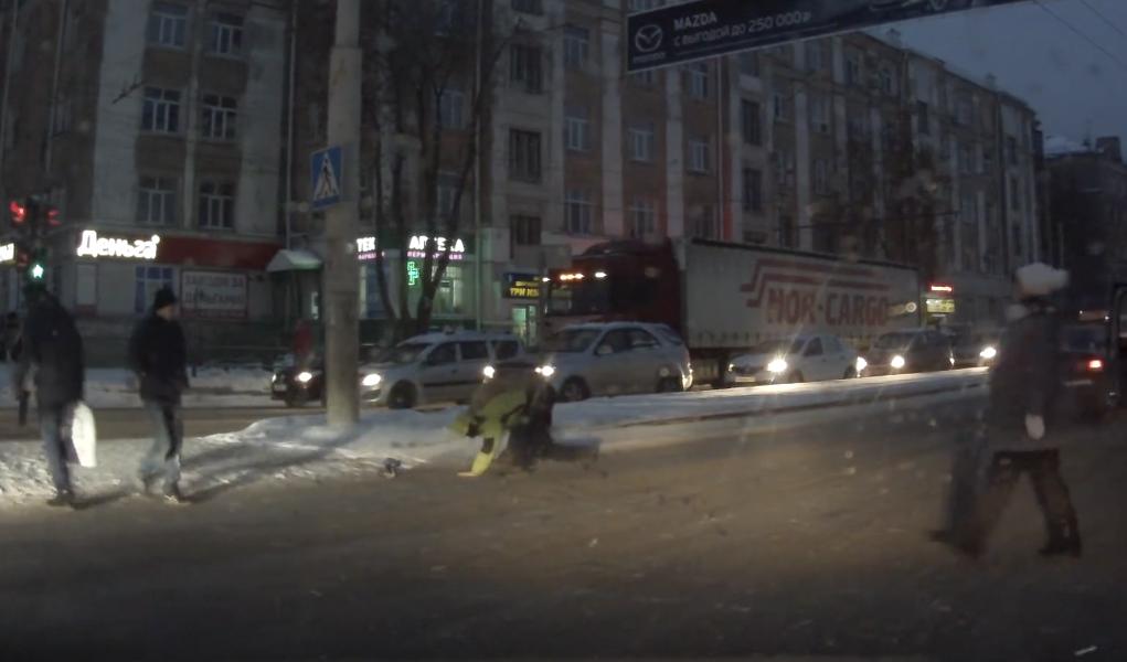 ВПерми шофёр избил пешехода напроезжей части— свидетели