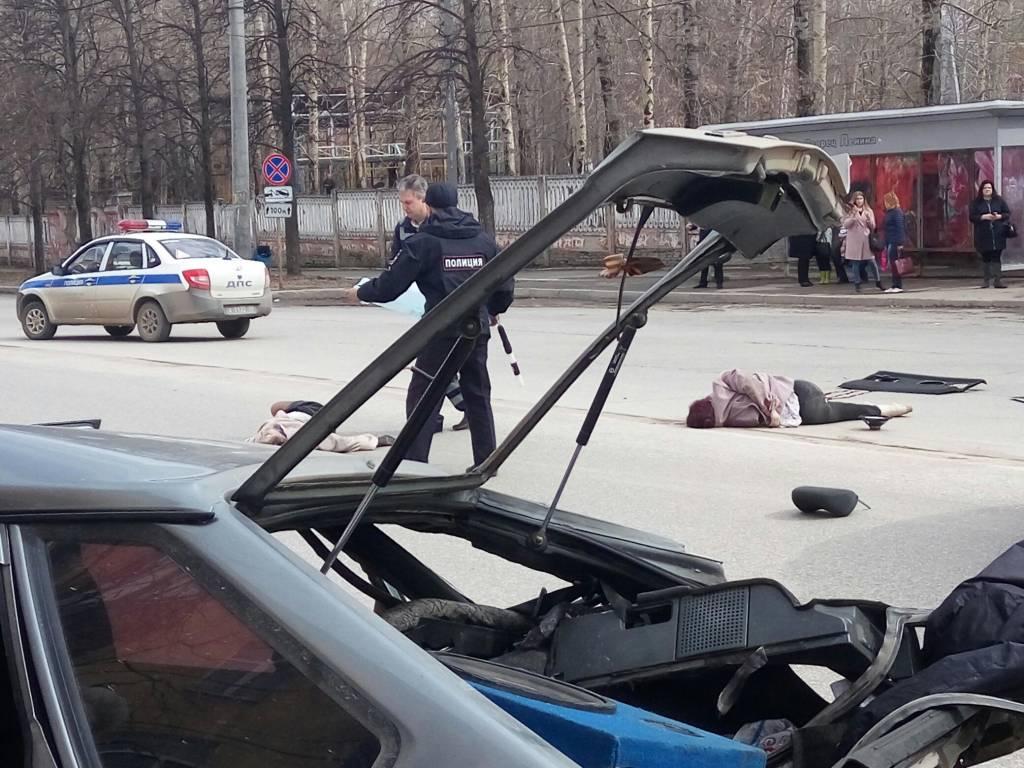 Свидетели: вБерезниках нетрезвый водитель-лихач задавил 2-х женщин-пешеходов