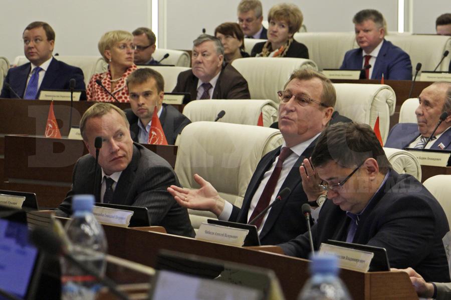 Оправданий в ответ на претензии депутатов у Геннадия Тушнолобова не нашлось